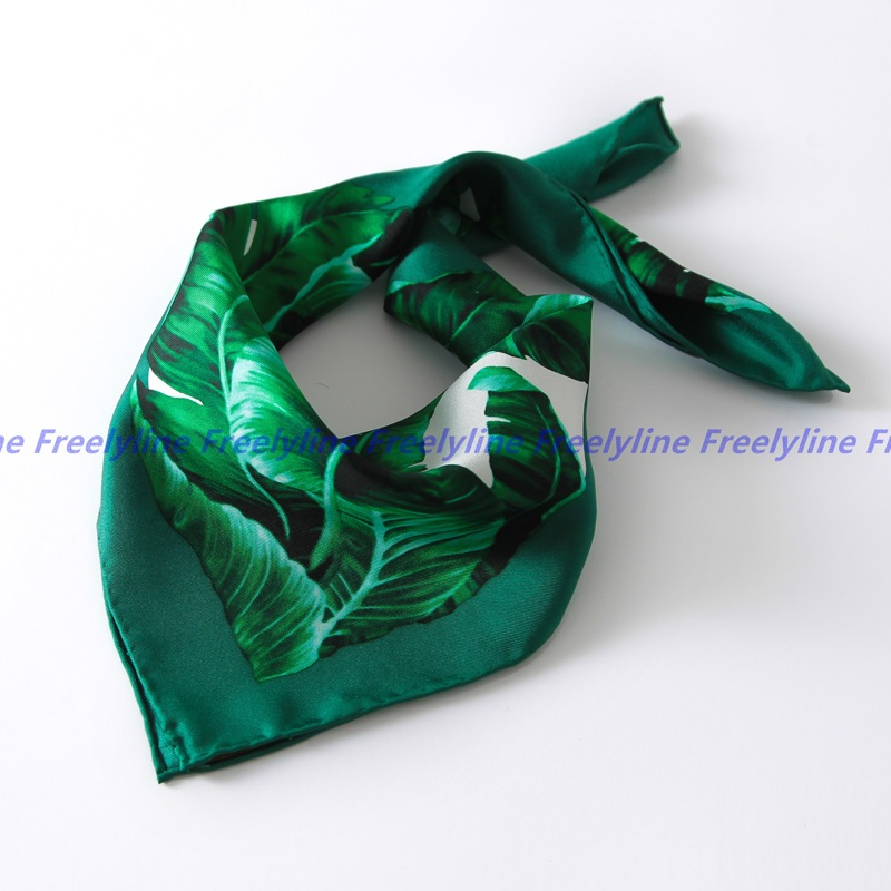 Fashion Printed Small Square Silk Scarf