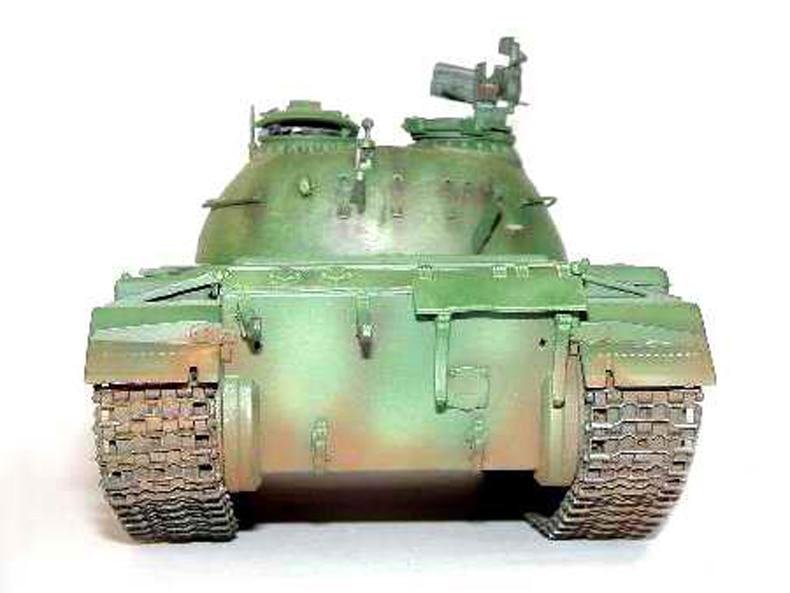 RUSSIAN T-54A MODEL 1951 1//35 tank Trumpeter model kit 00340