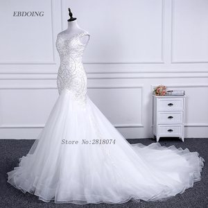 Image 3 - Vestidos de novia sereia vestido de casamento colher decote capela trem noiva casamento com renda miçangas mangas curtas plus size
