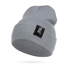 New Brand Male Female Autumn And Winter Hats Bonnet Thick Warm Knitted Cap Men And Women Beanie Hat 7AA725