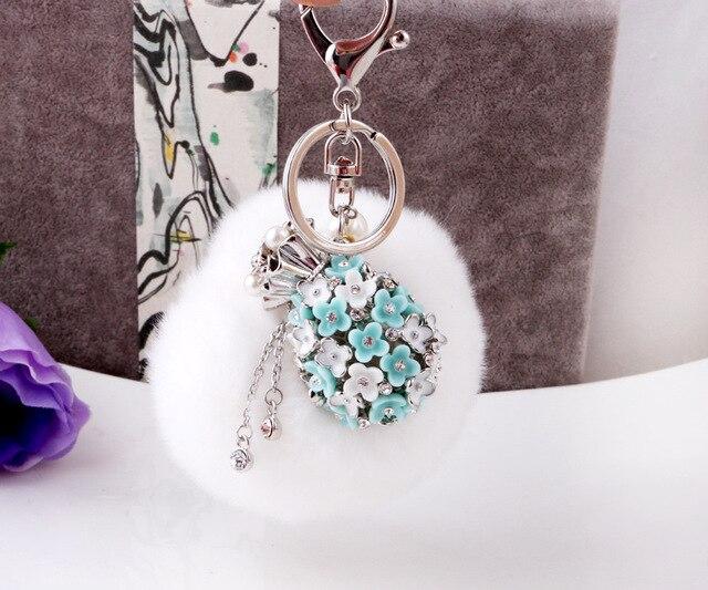 8CM Super Round Metal Key Chain Real Rabbit Hair Bulb Fur Plush Pom Poms Ball Bag Car Ornaments Pendant Key Ring White