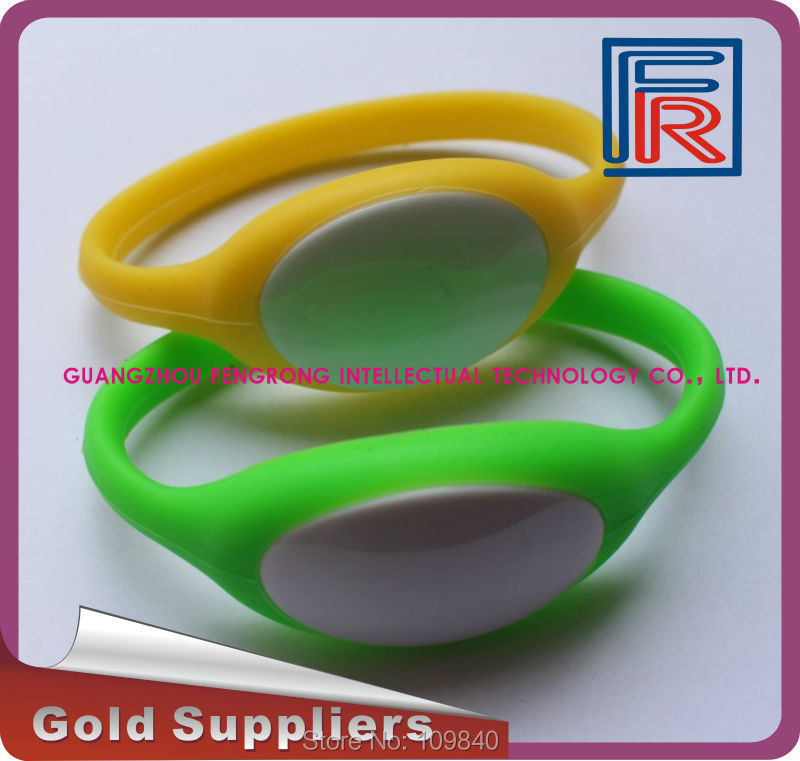 13.56MHz Silicone and Plastic waterproof RFID wristband/bracelet for access control/swimming pool/Fitness/event