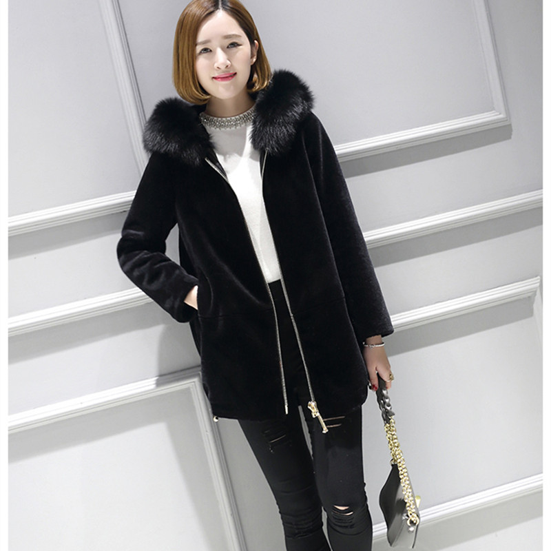 2017 women natural real sheep shearling fur coat 100% real shearling jacket with real The fox fur winter lady real wool fur