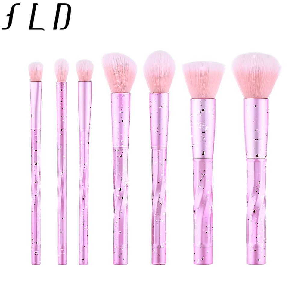 RFID de alta calidad 7 piezas maquillaje profesional de los cepillos conjunto polvo de cara Fundación de cejas pestañas corrector cepillo cosmético