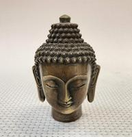 Antique collection of brass Buddha crafts collection.