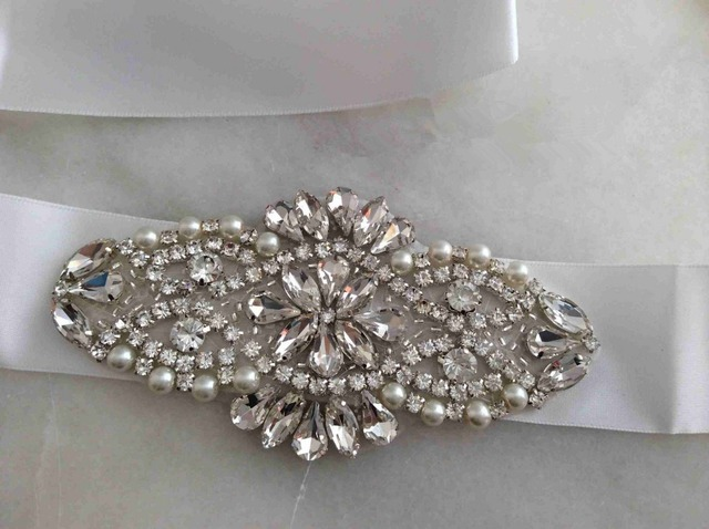 Charming White/Ivory Crystals Blings Bridal Sash Wedding Belt Beaded Rhinestone Ribbon Waist Band