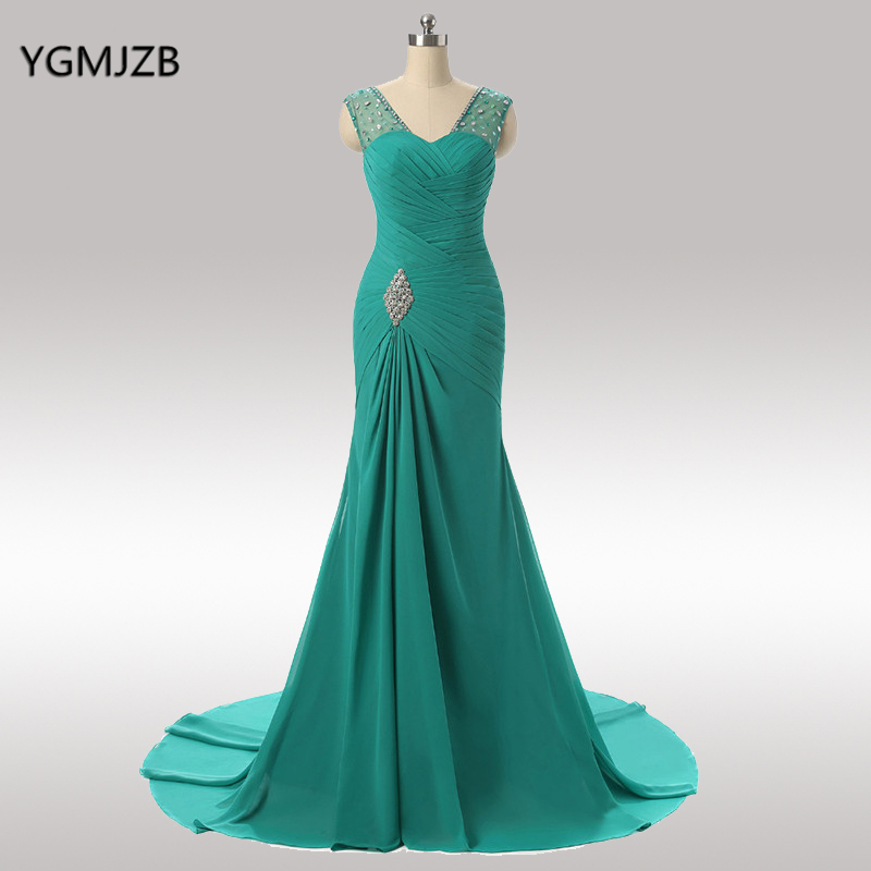 Élégante longue mère de la mariée robes 2019 sirène col en V Cap manches perlée cristal vert soirée robe de soirée pour les mariages