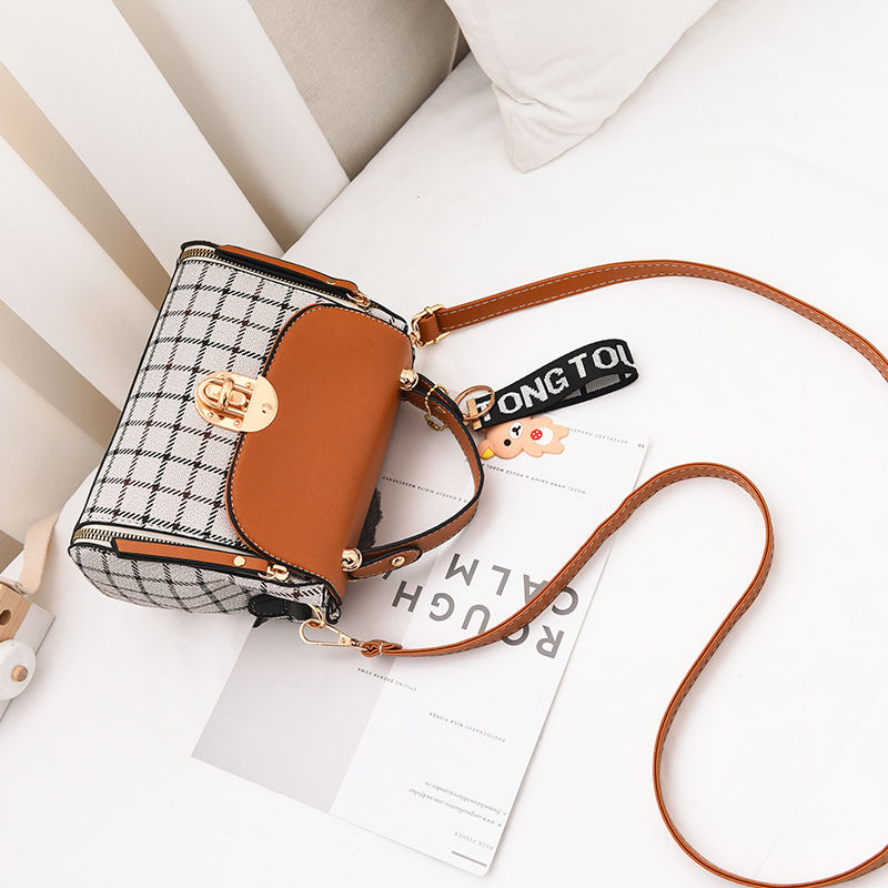 New Cute Type Ladies PU Handbag High Quality 2019 Hot Sale Small Girls Exquisite Color Matching Casual Fashion Small Square Bag 5