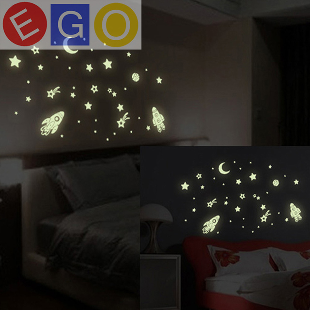 Vinyl Fluorescent Stars Home Decor Rocket E Station Planet Moon Star Wall Stickers Luminous Glow