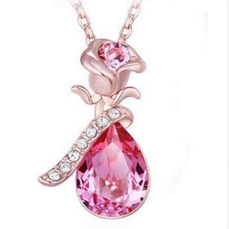 High Quality Angel Crystal 2018 Hot Trend Rose Flower Pendant Necklace Charm Gold Silver Beauty Rose Jewelry Necklace For Women