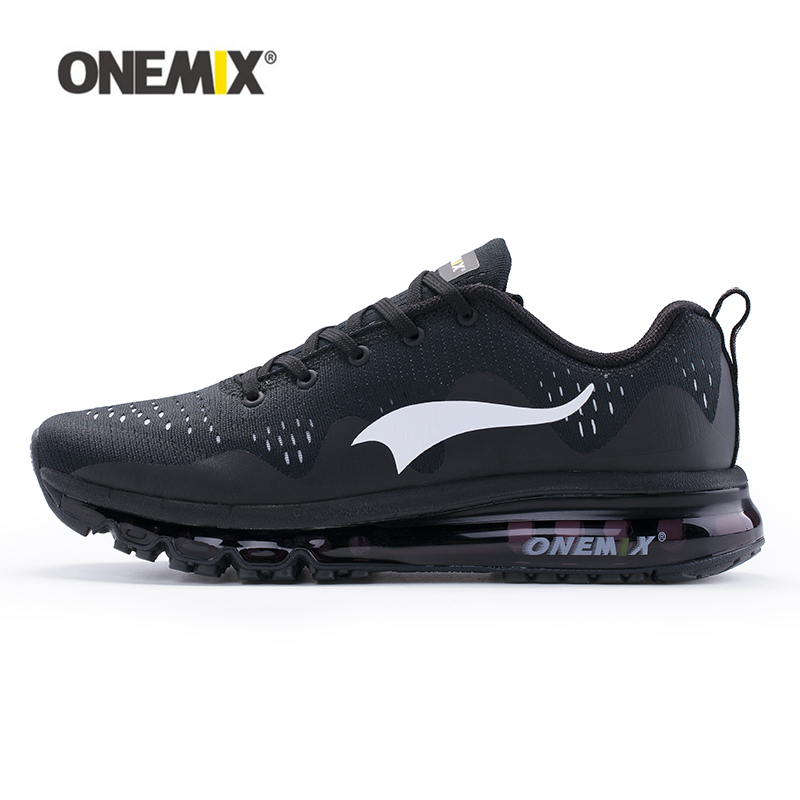 7bf347f49 ONEMIX 2018 جديد وصول الرجال احذية الجري أسود أبيض رجل الركض أحذية رياضية ل  في الهواء الطلق المشي الأحذية تشغيل مريحة في ONEMIX 2018 جديد وصول الرجال  احذية ...