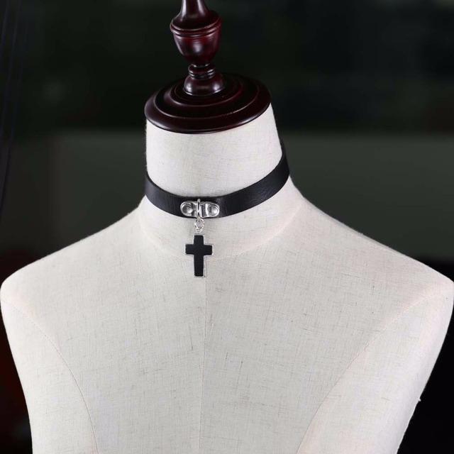 Cross Embellished Choker Necklace