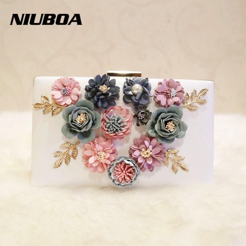 цена Fashion Silk Flower Women Clutches Handmade Full PU Flower Bridal Bag Wedding Party Two Chain Shoulder Black Evening Clutch Bag онлайн в 2017 году