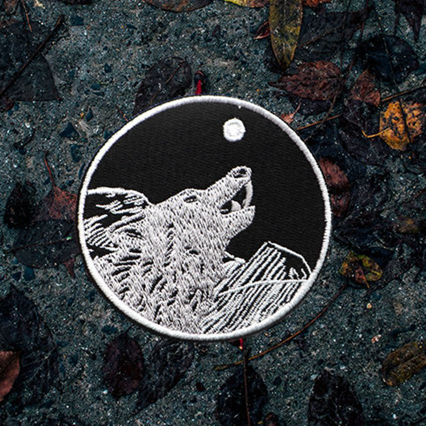 1Pcs Wolf Howl Sloth Wholesale Iron on Embroidered Cloth Clothes Patch For Clothing Girls Boys Man Woman