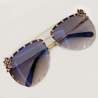 2019 Oval Sunglasses Women Men Retro Vintage Sunglasses Ladies Diamonds Shades Sun Glasses for Female UV 400