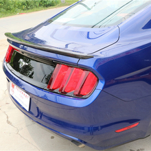For Ford Mustang Car Decoration 2015 2016 2017 Carbon Fiber Rear Trunk Spoiler voe mustang carbon fiber gloss black car styling rear trunk wing spoiler for ford mustang 2015 2016 2017