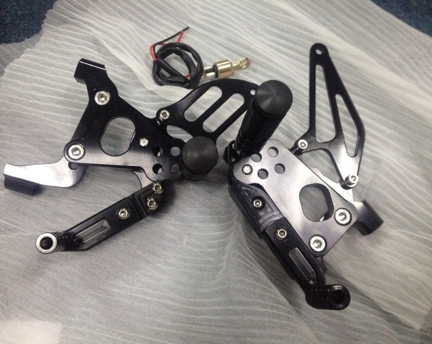 Free Shipping Motorcycle Parts CNC Rearsets Foot Pegs Rear Set For Ducati panigale 1199 S Black