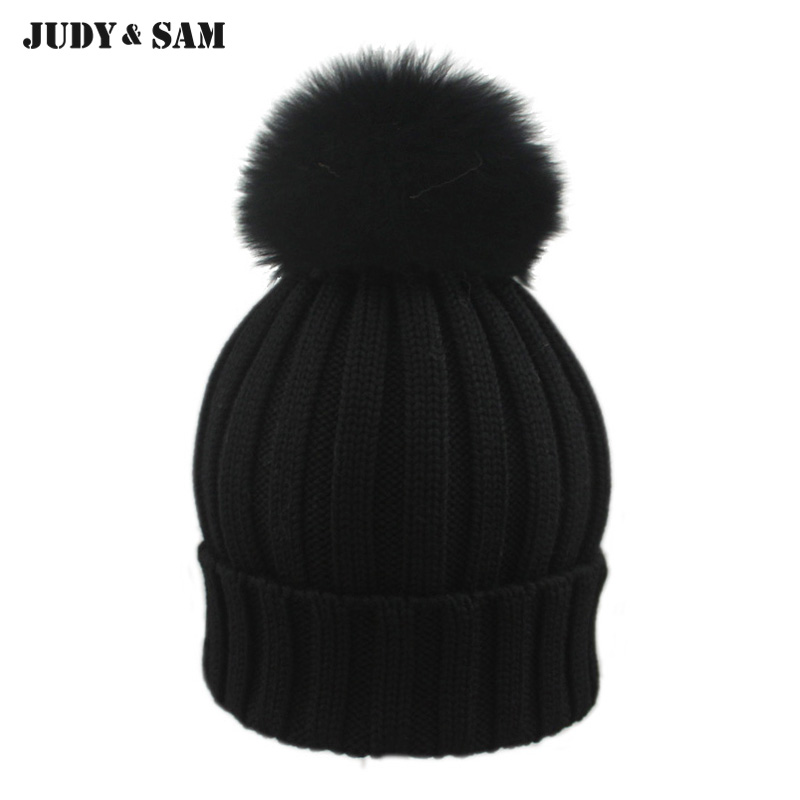 2019 New Female Elegent Style 100% Merino Woolen Fitted Hat with Luxury Genuine Fox Fur Pom Pom Black Gorro Beanie for men