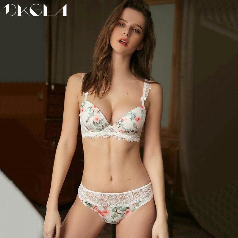 2019 New Black Printing Bras Women Underwear Set Sexy Cotton Push Up Bra Set Thick Brassiere A B C Cup Lace Lingerie Sets White 4