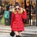 Estilo coreano Nueva Moda abrigo de Las Mujeres Super caliente Medio-largo Delgado cuerpo Hacia Abajo chaqueta yardas Grandes de cuello de piel Con Capucha de Algodón capa F003