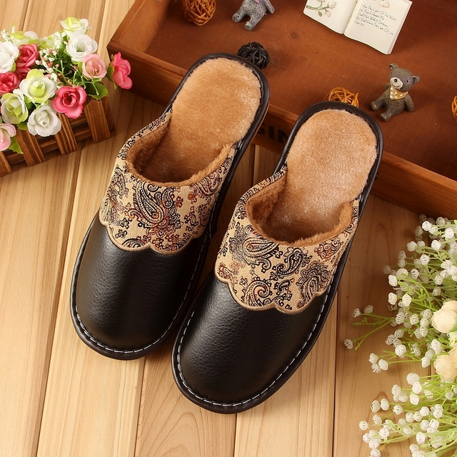 Winter Lovers Home Cotton Slippers Thick Soles Waterproof Indoor Leather Slippers Men Women Shoes Warm Comfortable Zapatos