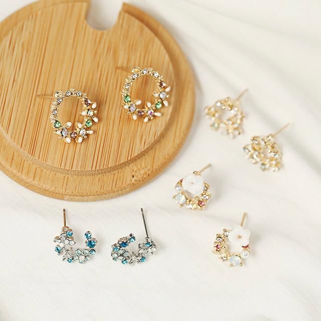 Cute Korean Personality Small Flower Stud Earrings  5