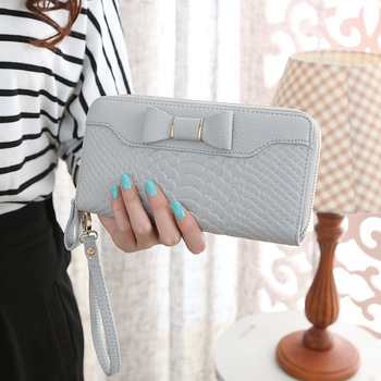 Bow-Decorated Cute Leather Women's Wristlet Bags and Wallets Hot Promotions New Arrivals Women's Wallets Color: Light Grey