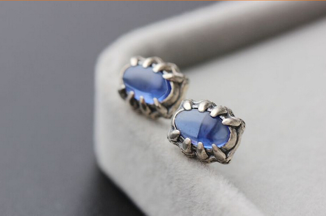 Allergy free men retro 925 sterling silver blue corundum black agate stud earrings