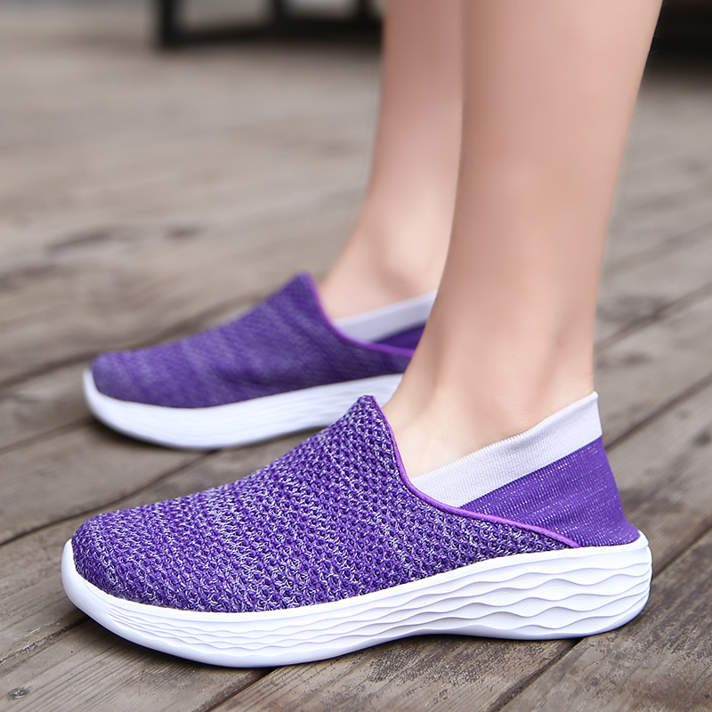 2018 Women Lightweight Shoes Summer Pure Color Footwear Breathable Comfortable Couple Shoes Sock Soft Woman Causal Shoes