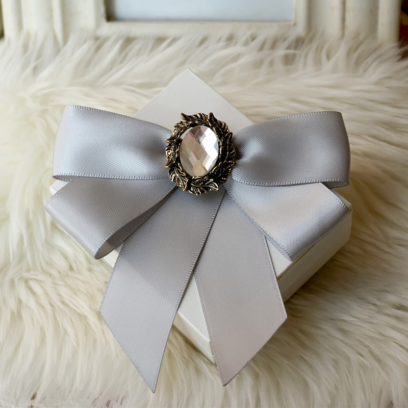 Free shipping NEW Korean fashion MENS MALE female groom Groomsmen wedding host bow collar tie and brooch