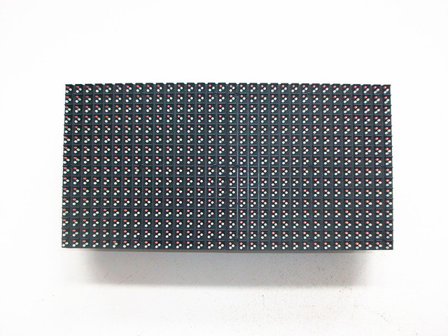Открытый DIP P8MM полноцветный из светодиодов дисплей 256 * 128 мм, P8 открытый DIP 3-to-1 RGB из светодиодов модуль