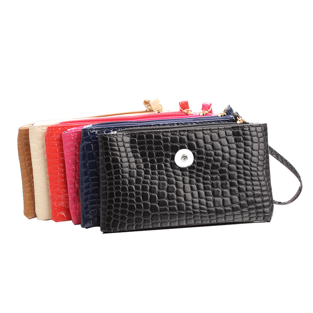 d7b2e6c405b3 6 Colors Female 18mm Metal Snap Buttons PU Leather Purse Button Wallet DIY  Snaps Jewelry Women s Bags Fashion Bracelet ZN001-in Charm Bracelets from  Jewelry ...
