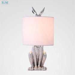 Nowoczesne zamaskowane królik lampy stołowe z żywicy styl industrialny Retro biurko oświetlenie do sypialni nocne badania restauracja dekoracyjne światła