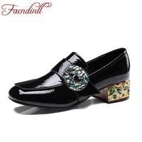 Facndinllブランドデザインエスニック春秋手作り革の靴女性パンプスハイヒールファッションラインストーンドレスパーティー靴