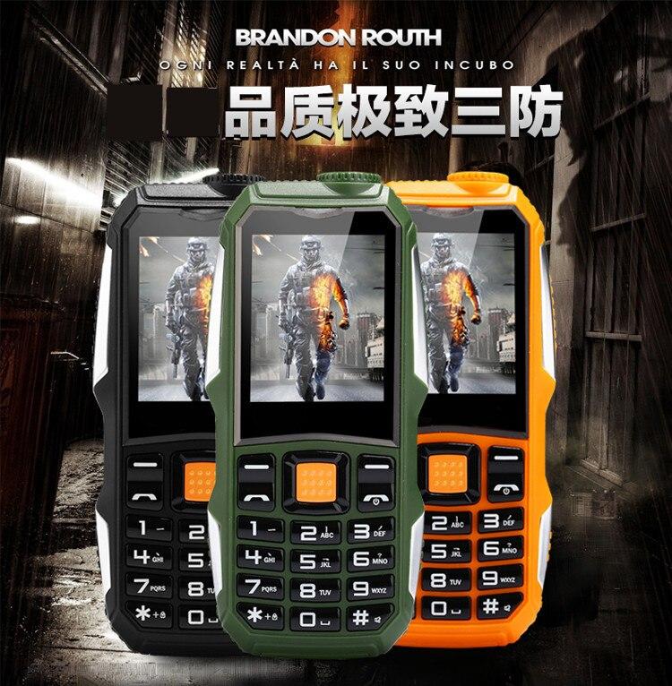 S8 Del Telefono Mobile Con La Macchina Fotografica MP3 Torcia Elettrica Bluetooth 1.8 pollice Shockproof Antipolvere Rugged Telefono A Basso Costo
