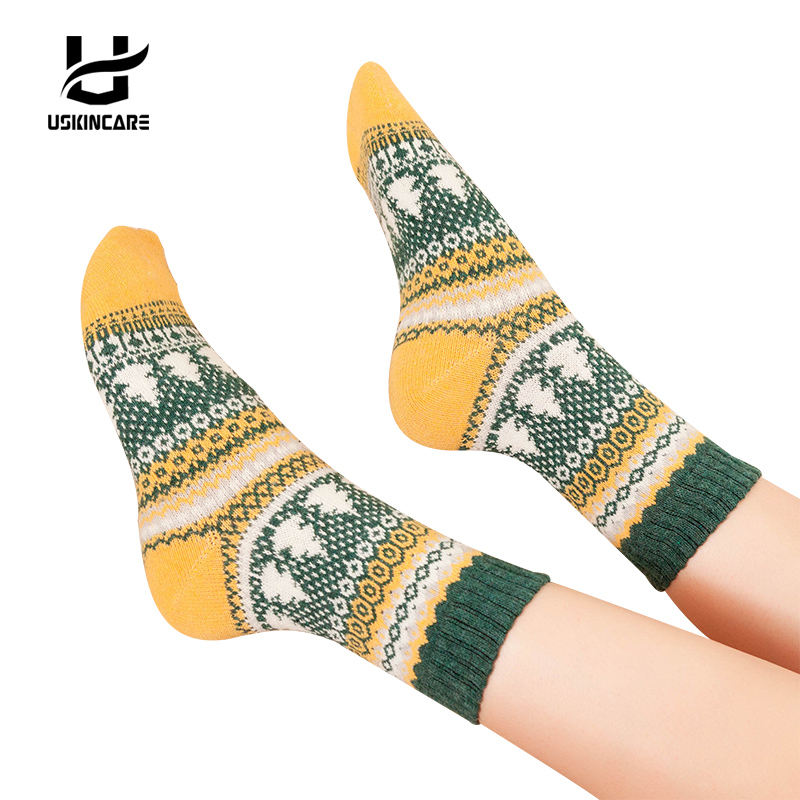 Uskincare 5 pairs/lot Women Wool   Socks   Warm Breathable Cute Design Women's Casual Comfortable Thermal Crew   Socks   Christmas   sock