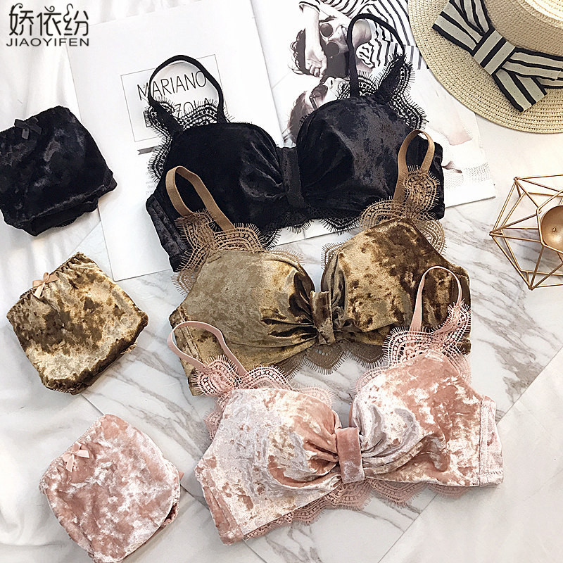 c8b1abf096f3a Winter Vintage Gold Velvet Women Underwear Comfortable Warm Seamless Bra  Set Sexy Eyelash Lace Deep V Push Up Bra Sets Lingerie-in Bra   Brief Sets  from ...