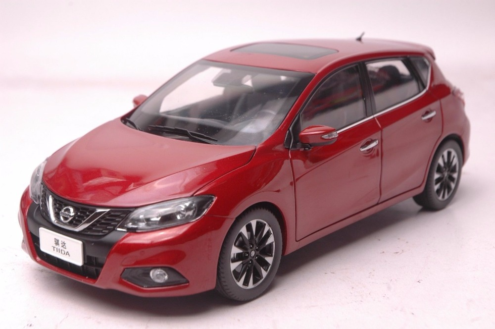 <font><b>1:18</b></font> <font><b>Diecast</b></font> Model for <font><b>Nissan</b></font> Tiida Versa 2016 Red Hatchback Alloy Toy <font><b>Car</b></font> Miniature Collection Gift Pulsar image