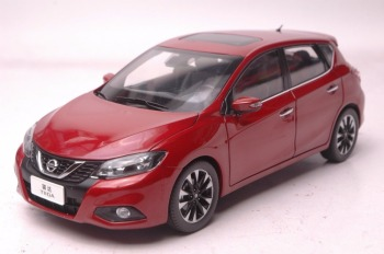 1:18 Diecast Model for Nissan Tiida Versa 2016 Red Hatchback Alloy Toy Car Miniature Collection Gift Pulsar