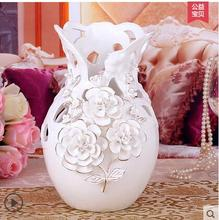 White European ceramic vase living room is decorated in the home furnishings adornment of wedding gift furnishin