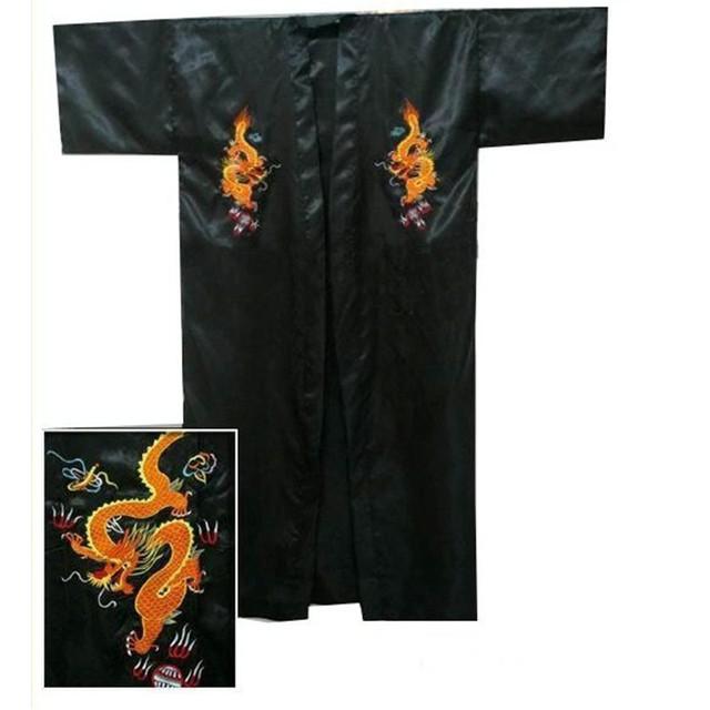 Frete Grátis Preto homens Chineses de Cetim de Seda Bordado Robe Kimono Bath Vestido Dragão Tamanho S M L XL XXL XXXL S0103-A
