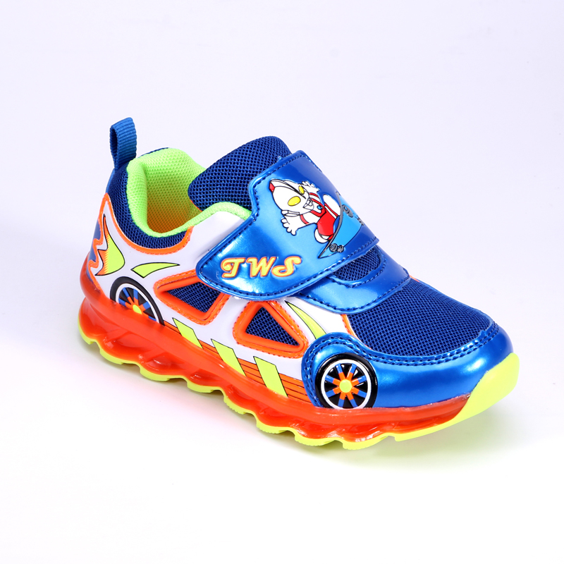 Boys Carton Led Light Up Sneakers Little Kids/Big Kids PU Leather Flashing Board Rechargeable Running Shoes 2017 New Arrival