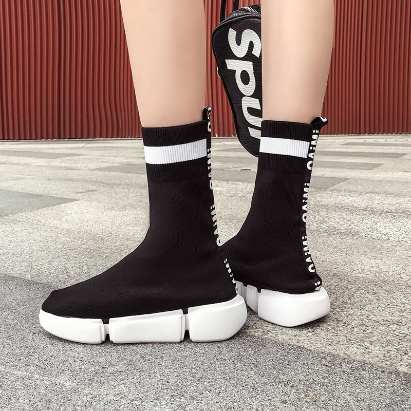 2018 new Fashion Flying Socks women Boots Flat soled Sports and Leisure women Shoes Thick soled Elastic socks boots women