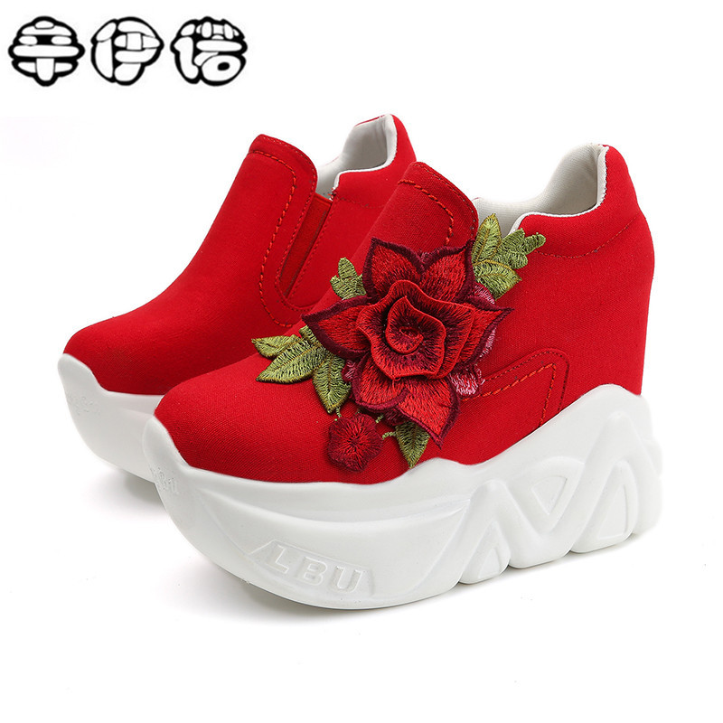 2017 New Women Vulcanize Shoes Vintage Slip on High Heel Wedge Platform Women Shoes Leisure Girls Woman Footwear Black White Red