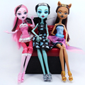 Cheapest NO BOX 3 pcs/set  Dolls 2015 New Style Moveable Joint Body FashionToys High Quality Girls Plastic ClassicToys Best Gift