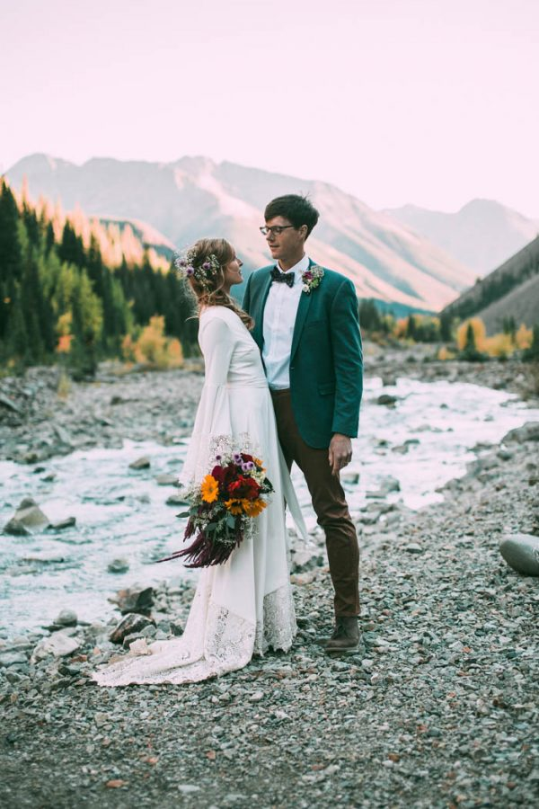 Intimate-Southwest-Colorado-Wedding-in-the-Mountains-Lauren-Parker-Photography-43-600x900