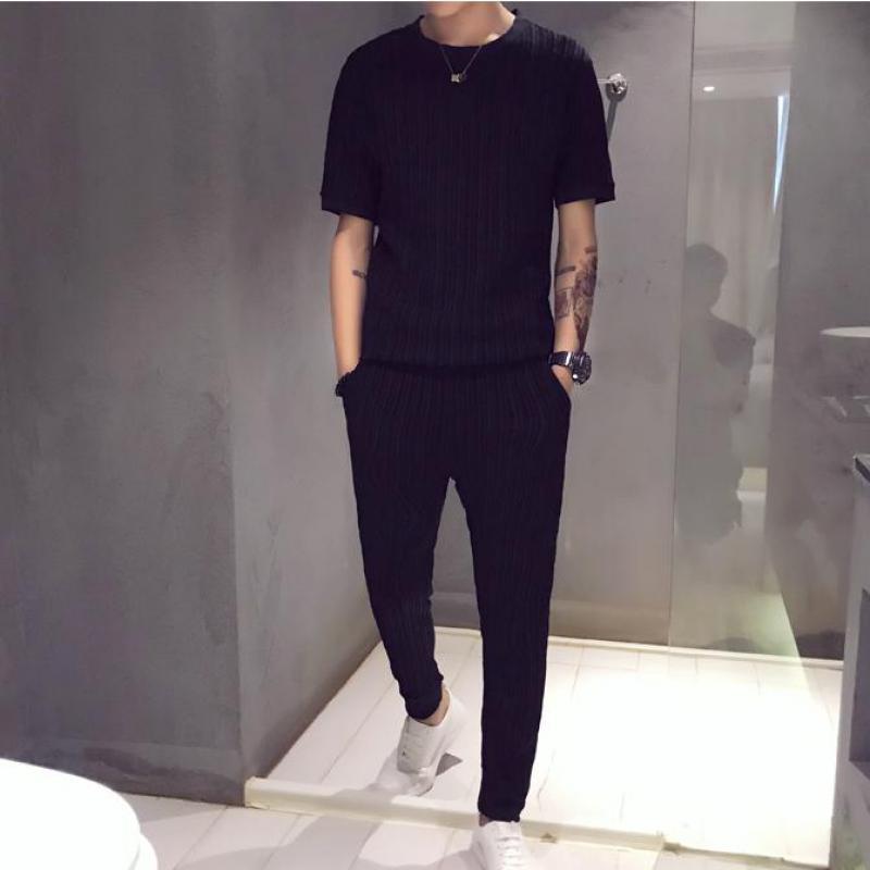 Plain Color Streetwear Men Sets Short Sleeve T-Shirt +Ankle Pants 2 Piece Set Fashion Men Track Suit Light Weight Two Piece Set