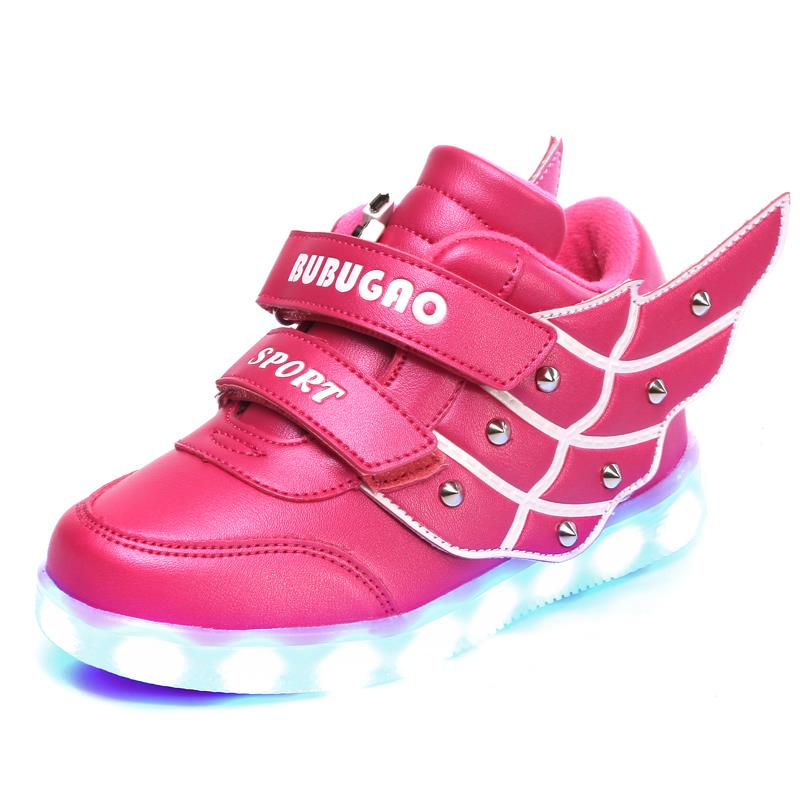 Young girl flashing retail 2017 new children s sports shoes children USB charging OUT shiny shoes