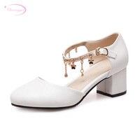 Chainingyee sweet round toe summer sandal fashion chain rhinestone belt buckles white beige pink chunky high heels women's shoes