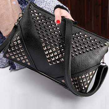 High Quality BLACK WOMEN LEATHER HANDBAGS Rivet stud crossbody bags for women messenger bags purses and handbags shoulder bags